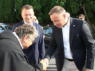Gwardian Niepokalanowa wita Prezydenta RP w klasztorze